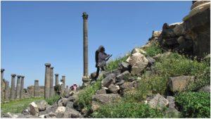 Bosra, aprile 2019: ricognizione del decumano e della kalybe