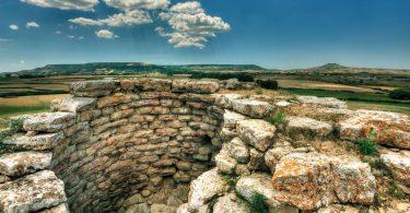 Sardegna scavi scoperte serri