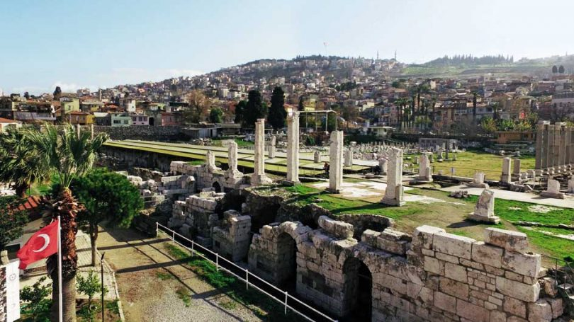 Smirne archeologia e tradizioni