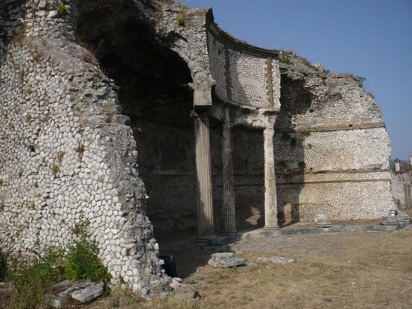 Castelli romani viaggio archeologia viva